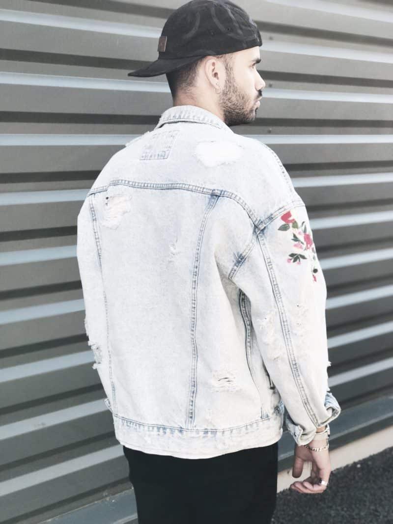 veste en jean brodée de fleurs pour homme