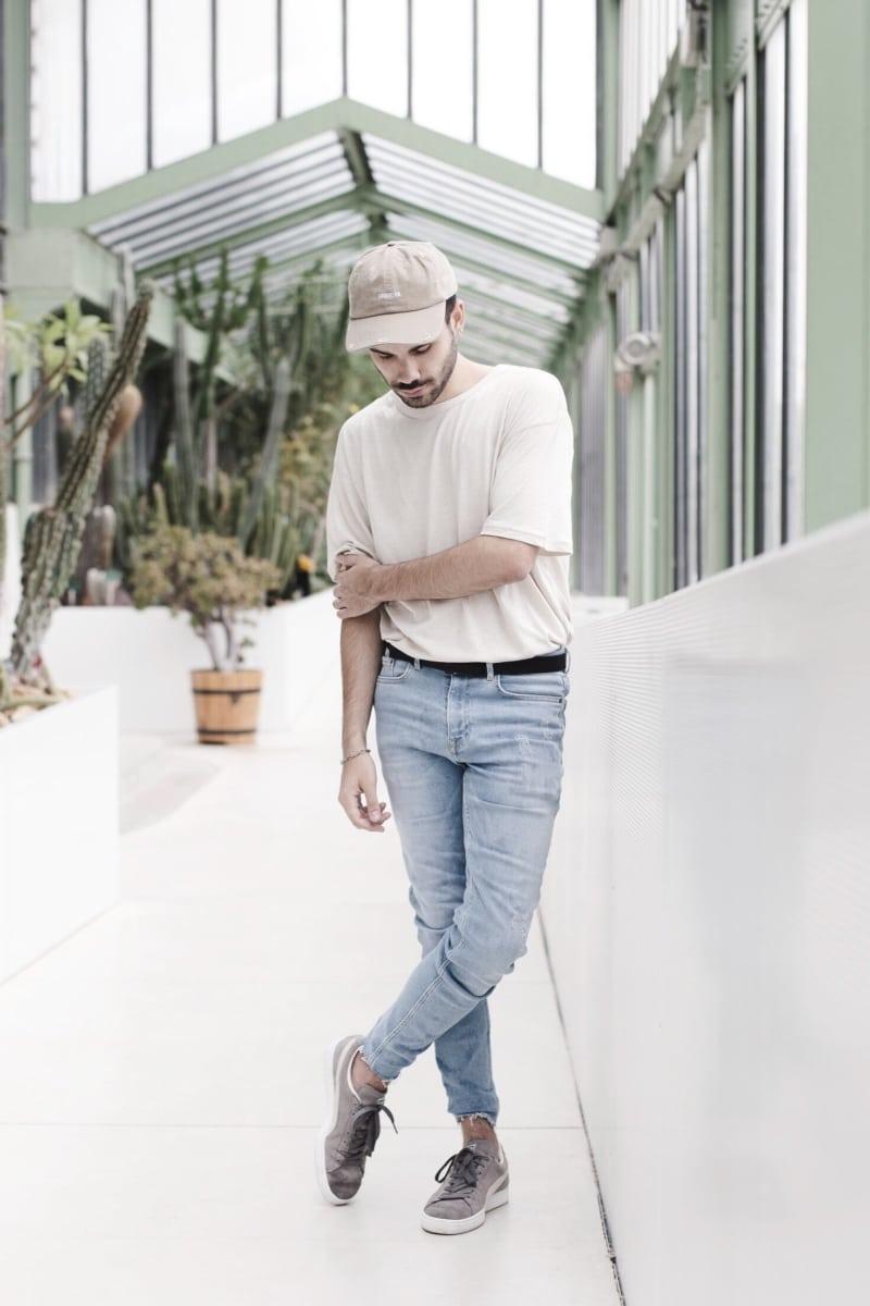 casquette-brooklyn-look-homme-beige-influenceur
