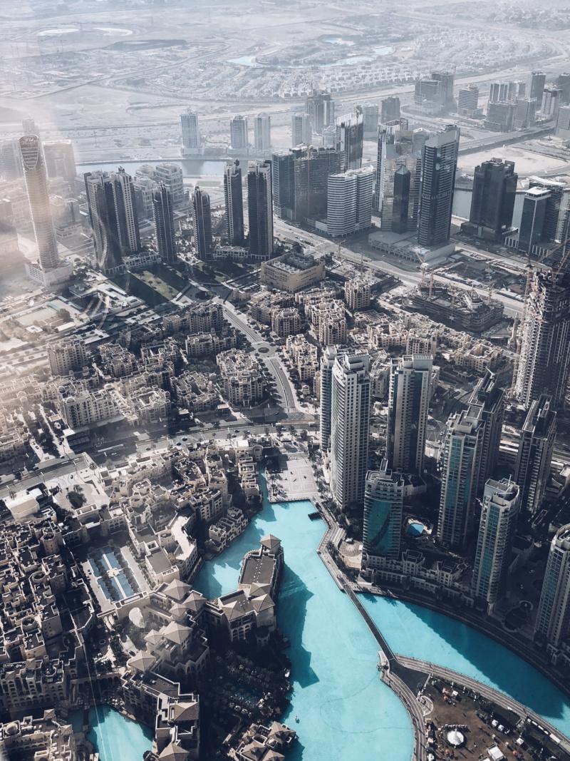burj-khalifa-on-the-top