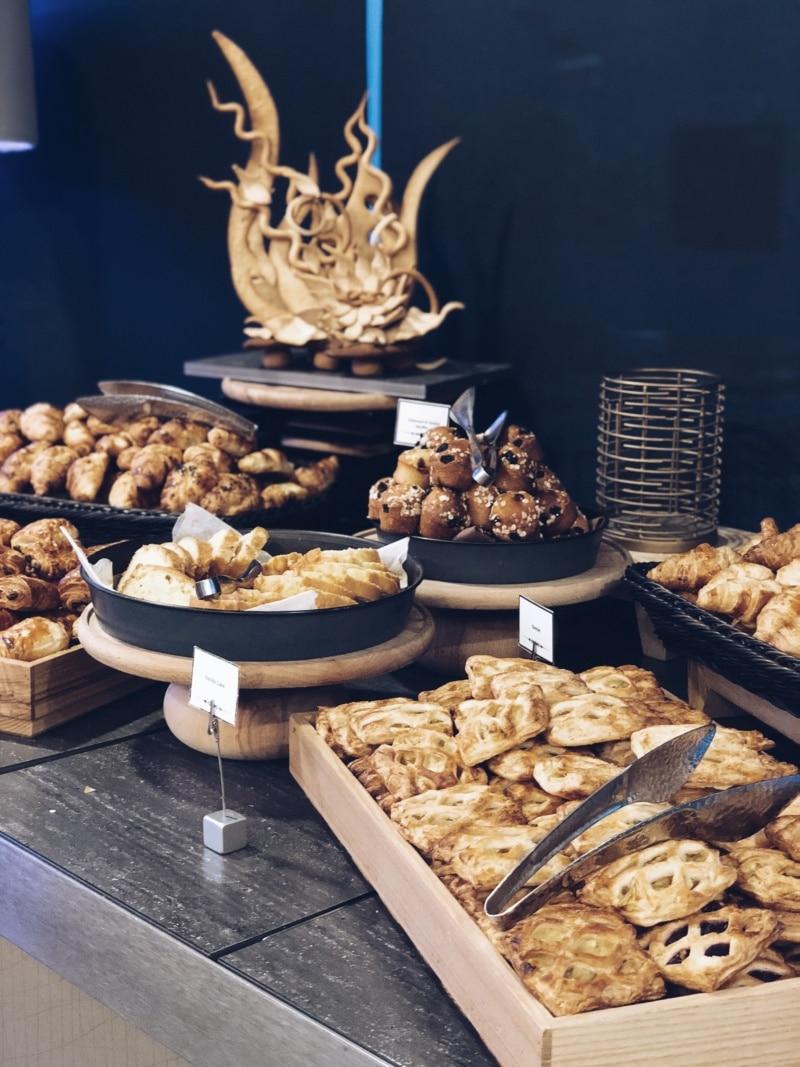 hôtel-Wyndham-Dubai-Marin-petit-dejeuner-breakfas