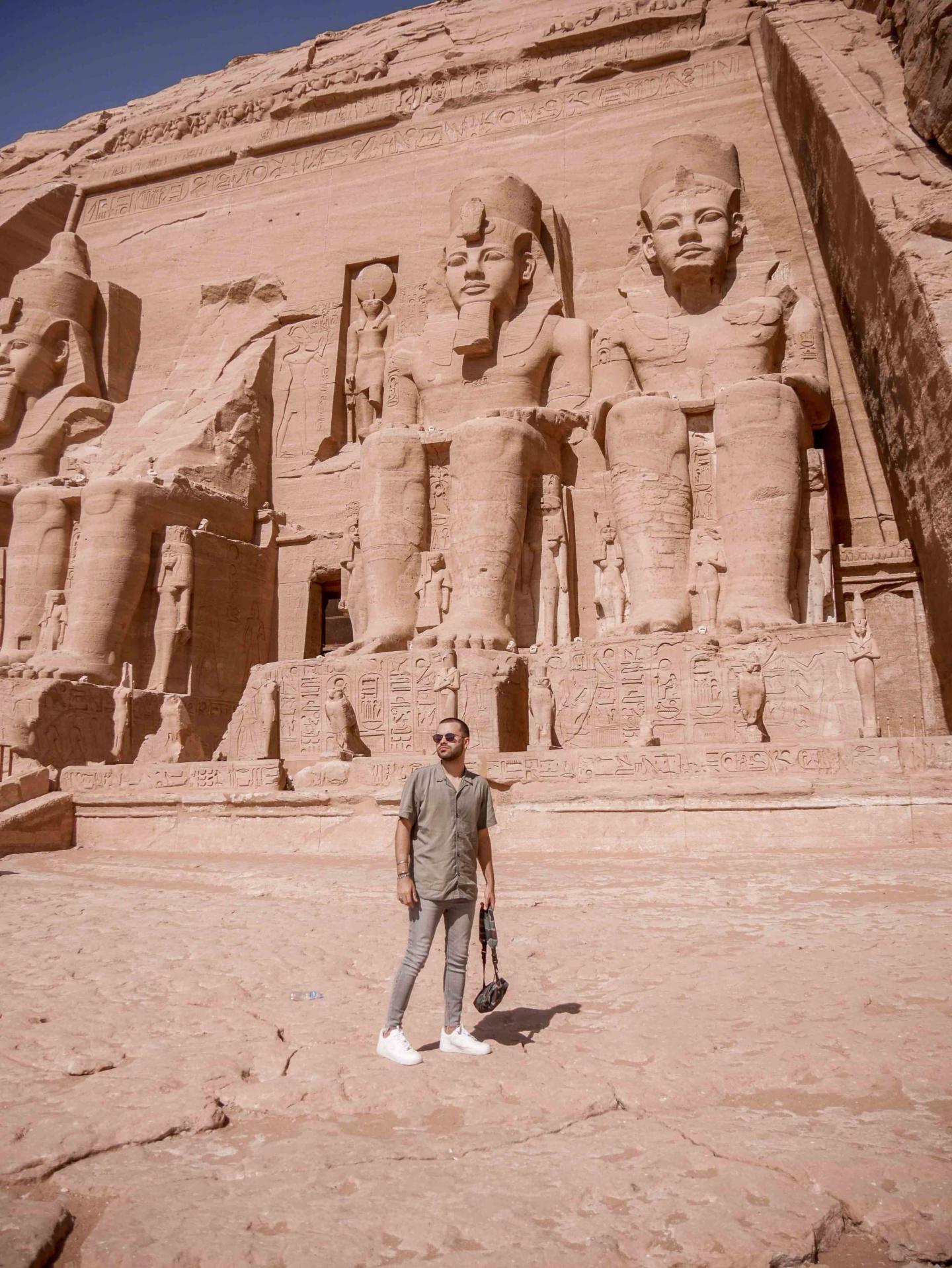 abu simbel temple egypte
