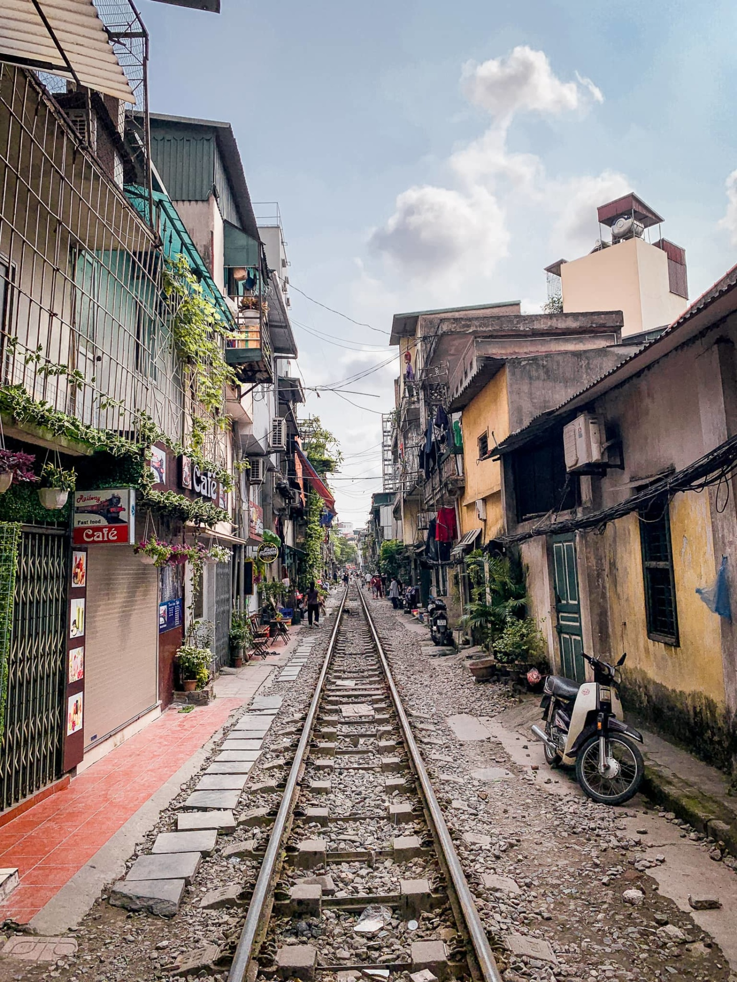 rue du train hanoi 1